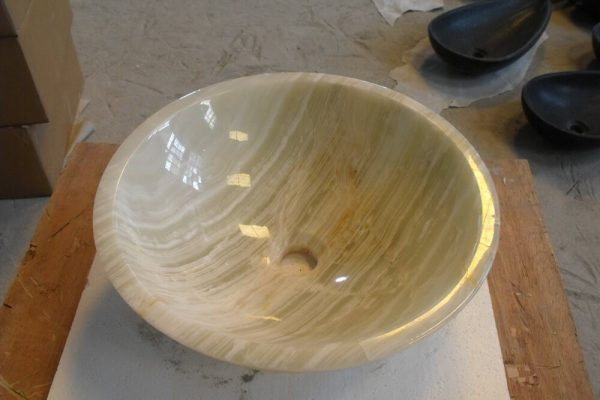 green onyx vessel sink (3)