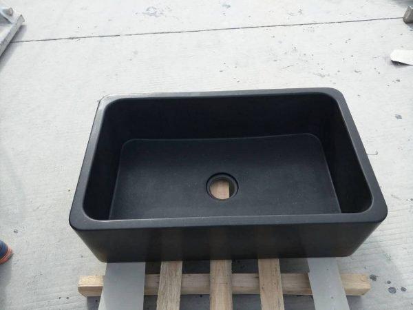 black kitchen sink undermount (1)
