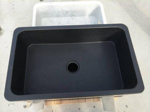 black kitchen sink undermount (4)