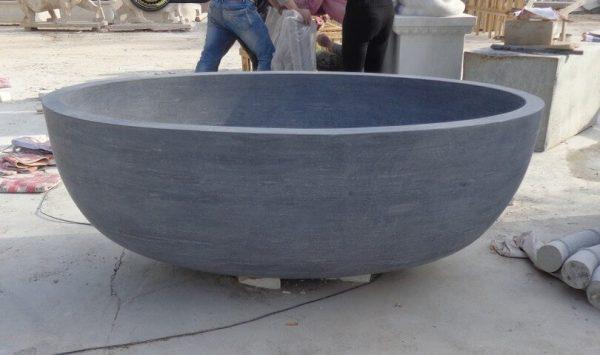 freestanding stone bath (1)