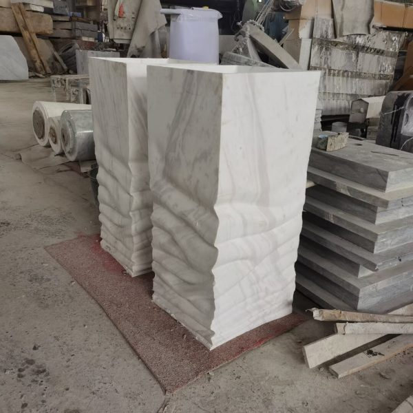 stone pedestal (3)